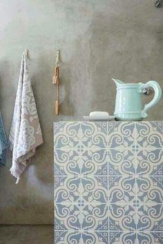 Maioliche White & Blue