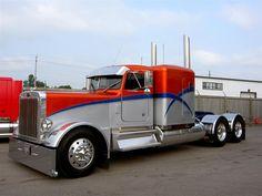 http://equipmenterg.com/images/Trucks/t674imageslarge1.jpg Awesome rig.