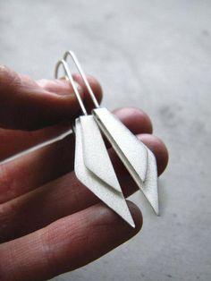 Folded Wings Earrings - sleek minimal jewellery, contemporary jewellery design // Alibli #sterlingsilverearrings