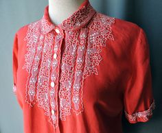 True vintage true vintage blouse lines early 1950s red embroidery collar | Size M-L | 40s red linen blouse floral Embroidrey early 1950 s