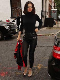 28 Best Ideas For Style Casual Selena Gomez Street Fashion Celebrity Style Dresses, Celebrity Style Casual, Mode Outfits, Trendy Outfits, Fashion Outfits, Fashion Ideas, Fashion Clothes, Summer Outfits, Fashion Tips