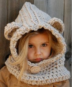 Fuente: http://www.ravelry.com/patterns/library/baylie-bear-cowl