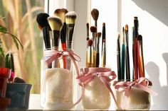 15 Useful DIY Makeup Organization and Storage Ideas - Makeup Brush Holders