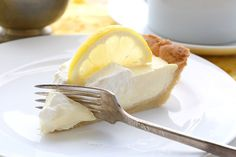 Dig in to this deliciously low carb lemon sour cream pie. Keto and grain-free!