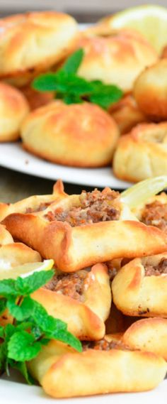 They are served as part of the Lebanese mezze or as a main dish accompanied with plain yogurt, whether eaten alone as a Lebanese Meat Pies, Lebanese Cuisine, Lebanese Recipes, Lebanese Dishes Recipe, Greek Recipes, Eating Alone, Arabic Food, Arabic Dessert, Arabic Sweets