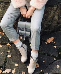 GRAFEA  #fashion #backpack #style #blog #tarz #leather #streetstyle #yenisezon #gununkombini #çanta #çantamodelleri #kalite #foto #aksesuar #fashion #kadın #gununkombini #seyahat #vintage #bayan #tatil #istanbul #deri #sirtcantasi #güzel #moda2016 #instastyle #antalya #yeni #gezmeler #şirin #izmir #foto #indirim #kış #gununfotografi