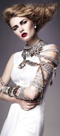 Bling it on! | The House of Beccaria#