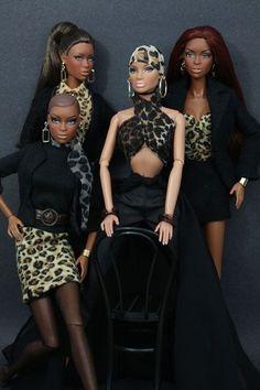 The Fashionista Four. Beautiful Barbie Dolls, Vintage Barbie Dolls, Pretty Dolls, African Dolls, African American Dolls, Fashion Royalty Dolls, Fashion Dolls, Diva Dolls, Dolls Dolls
