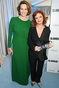 Sarandon Admits She's Often Confused for Lookalike Actress Sigourney Weaver LOL!: Susan Sarandon Admits She's Often Confused for Lookalike Actress Sigourney WeaverLOL!: Susan Sarandon Admits She's Often Confused for Lookalike Actress Sigourney Weaver John Stamos, Rob Lowe, Susan Sarandon, Sigourney Weaver, Look Alike, Celebs, Celebrities, Great Movies, Comedians