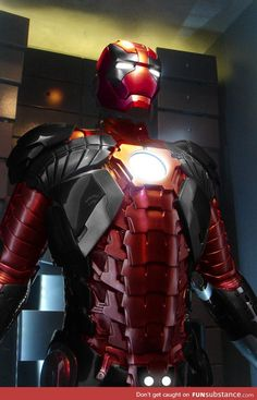 Iron Deadpool: If Tony Stark Designed A Suit For Deadpool