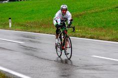 Letzte Woche war es soweit. Der Startschuss für das Race Around Austria ist gefallen und Childrenplanet, vertreten durch Gabriel Povacz, fährt für den guten Zweck um ganz Österreich. Wir sorgen mit der österreichischen Variante des Team Europcar für die laufende Unterstützung des Fahrers und stellen unseren #TeamEuropcarAustria Race-Begleitwagen zur Verfügung.