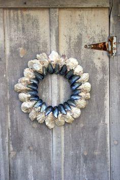 Oyster Shell krans met Mossel schelpen voering de binnenzijde prachtig gebied. 30-inch diameter Aangepaste volgorde van Made