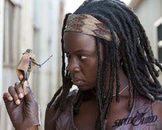 michonne walking dead season 4  | The Walking Dead Season 3: Michonne SDCC Card and Action Figure Face ...