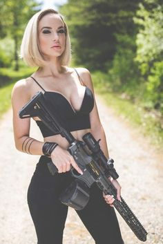 Girl with a Weapon amateur home made women gun Military girl Women in the military Army girl Women with guns Armed girls Tactical Babes Girls with weapons Military Girl, Female Soldier, Military Women, N Girls, Guns, Lady, Weapons, Rifles, Happy Tuesday