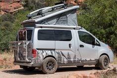 aufkleber Recon Fills Small Camper Void With Custom Nissan Small Camper Vans, Small Campers, Mini Camper, Sprinter Van Conversion, Camper Van Conversion Diy, Vw T5, Nissan Vans, Truck Tent, Cars