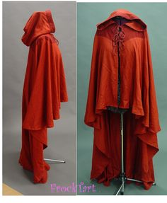 Interesting cloak. I like the high/low look here, and the detail on the yoke area.