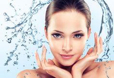 Hydrobalance kezeléssel a bőr feszesebbé, tömörebbé válik, a felszínes ráncok elsimulnak