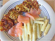 Spargel mit Kartoffelpuffer und Lachs