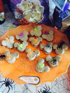 Halloween 1st Birthdays, Halloween First Birthday, Mickey Halloween Party, Mom Birthday Crafts, 90th Birthday Gifts, Minnie Mouse Halloween, Disney Halloween, 1st Birthday Parties, Birthday Quotes