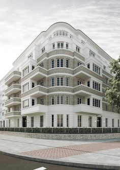 Wohnbebauung mit 65 Wohneinheiten New Classical Architecture, Brick Architecture, Classic Architecture, Beautiful Architecture, Residential Architecture, Contemporary Architecture, Interior Architecture, Eckhaus, Architecture Classique