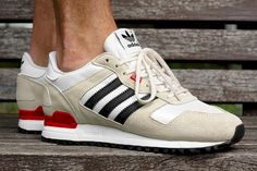ADIDAS ORIGINALS ZX700 (POPPY RED) - Sneaker Freaker