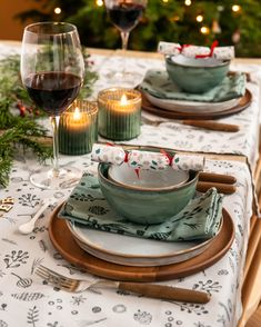 Aan tafel! Where The Heart Is, Tablescapes, Table Settings, Aqua, Mint, Lifestyle, Tableware, Christmas, Home
