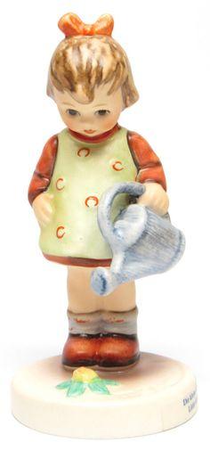 "MI Hummel Goebel Figurine "" Little Gardener "" Hum 74 TMK 7 (1991-1999) with Box"
