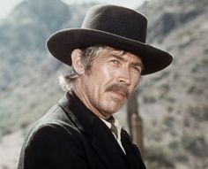 "James Coburn en ""Pat Garrett y Billy the Kid"", 1973"