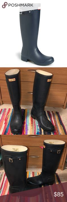 83561ca02 US Size 9 Mens , Size 10 Female In good condition Matte finish to them  Hunter Shoes Winter & Rain Boots