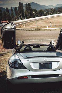 Mercedes SLR. Car of the Day: 23 September 2013.