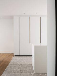 Interieurvormgevers en meubelmakers te Aalter.