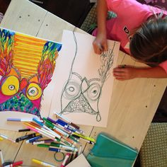 grade art, continual line drawing. Have students choose one idea to use as their continuous line drawing. Crazy Owl, Art Doodle, Third Grade Art, Art Lessons Elementary, Elementary Drawing, Ecole Art, Middle School Art, Art School, School Art Projects