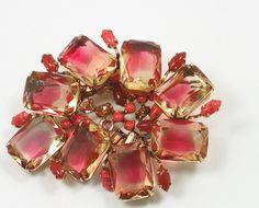 WoW Dazzling vintage schreiner new york art glass rhinestone brooch