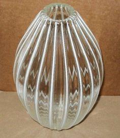 Optically FASCINATING Art GLASS VASE Lynn Everett Read ELEGANT Signed VITRELUXE