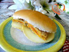 Hot dog con scamorza e hamburger di carote (no ricetta)