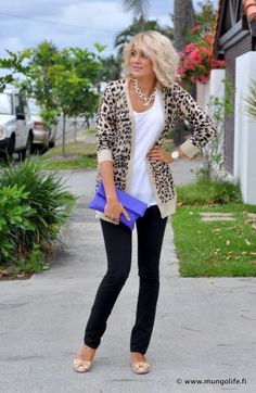 Stick to the basics like neutral tops and bottoms, then add an interesting piece as shoes, patterned jacket, and don't forget about accessories :)