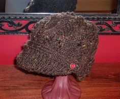 CraftbitsI knitted this Newsboy Peak Cap with Patons Shetland Chunky Tweed. This is the best pattern yet I have come across for a newsboy peak cap. Ho...