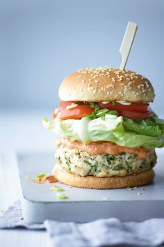 Joe Wicks AKA The Body Coach: Mcleanie burger recipe - perfect post workout!