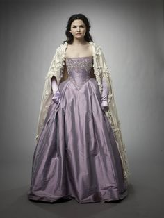 Snow White's strapless gown - Once Upon A Time Need arms for that dress,and going to be really pretty!