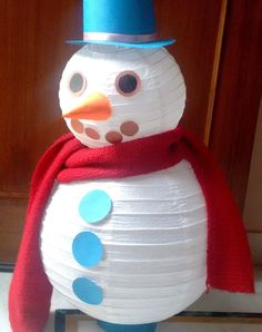 This easy to make snowman will make a cute festive addition to the decoration. Will look beautiful in any part of the house - living room, kids room, entrance or porch.  Please feel free to 'subscribe', 'share', 'like', or 'comment'. Thank you.. Diy, Paper,