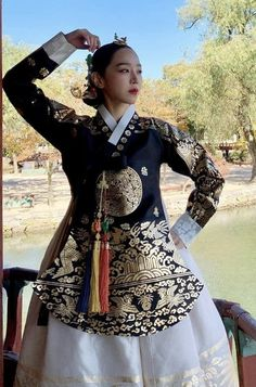 Korean Hanbok, Korean Dress, Korean Traditional, Traditional Dresses, Jung Hyun, Chinese Clothing, Folk Costume, Historical Clothing, Korean Actors