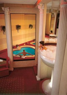 Bathe In A Champagne Gl Or Make Out With Giraffe Awesomely Odd Hotels Around