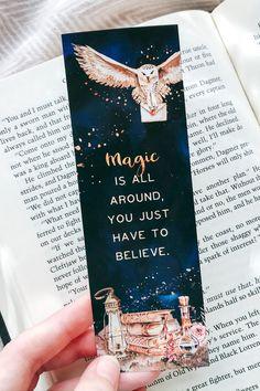 Harry Potter Artwork, Harry Potter Drawings, Harry Potter Diy, Harry Potter Fan Art, Creative Bookmarks, Diy Bookmarks, Harry Potter Printables, Harry Potter Printable Bookmarks, Harry Potter Bookmark