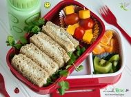 Don't send your child to school with the same old brown bag lunch, try one of these easy, kid-friendly 15 delicious & healthy bento lunch ideas Healthy Snacks, Healthy Eating, Healthy Recipes, Grilled Chicken Sandwiches, Lunch To Go, Easy Cooking, Brunch Recipes, Kids Meals, Food And Drink