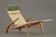Hans J. Wegner 1914-2007: Folding chaise longue/'Knibetang' Chair