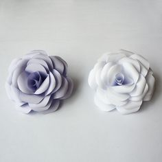 Camellia, Paper Cutting, Different Colors, Paper Flowers, Stud Earrings, Colours, How To Make, Gifts, Beautiful