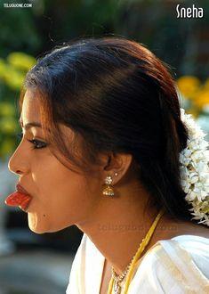 Beautiful Bollywood Actress, Most Beautiful Indian Actress, Indian Natural Beauty, Indian Beauty Saree, Cute Beauty, Beauty Full Girl, Arabian Beauty Women, Beautiful Blonde Girl, Beautiful Women