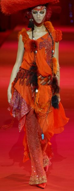 ~2002 Christian Lacroix Haute Couture Fall-Winter | The House of Beccaria#