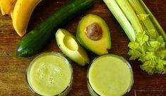Koktajl z ogórka, selera naciowego i awokado to lekki, dietetyczny wiosenny koktajl. Idealny dla osób zapracowanych, chcących dodać sobie energii. Keto Breakfast Smoothie, Fruit Smoothies, Cucumber, Avocado Salads, Pickles, Lemonade, Zucchini, Clean Eating, Vegetables