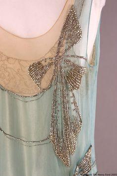 Aqua vintage top. Rhinestone bow detail.   Yes-iamredeemed:  Detail of rhinestone bow…1920